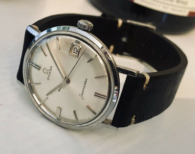Omega Mens Seamaster 1960s Stainless Steel bracelet second hand vintage Watch CAL 600 Mechanical 1960s rare crosshair dial + Box