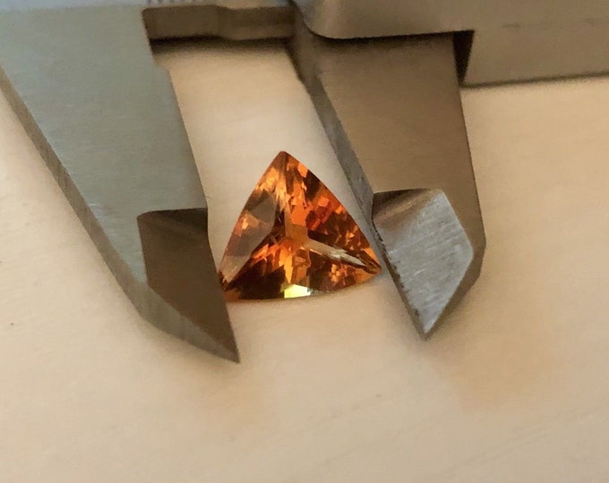 4.00ct Flawless Imperial Topaz Color 100% Natural Orange loose Trillion gemstone