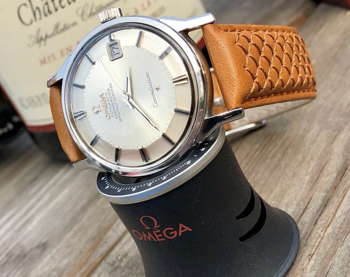 OMEGA Vintage 1966 Mens Constellation Automatic Pie Pan Watch CAL 564 + Red Omega vintage Box