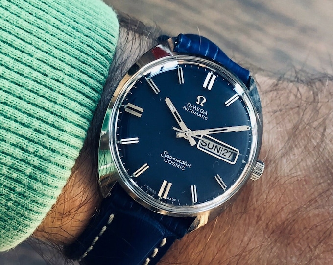 Omega Seamaster Cosmic Automatic Date Blue Dial vintage mens Day Date watch + Box