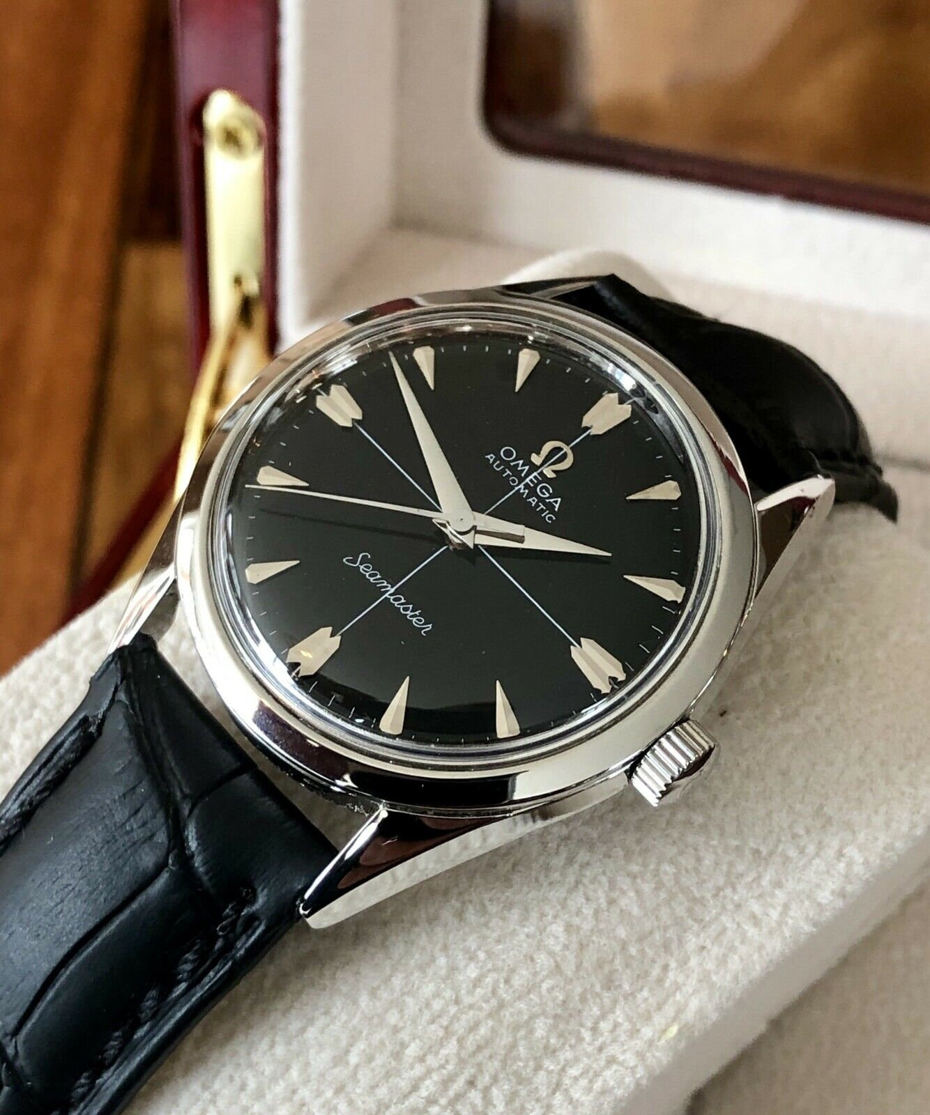 Omega Mens Seamaster Black Dial Crosshair Calibre 471 Automatic Steel  vintage 1956 No Date watch Box