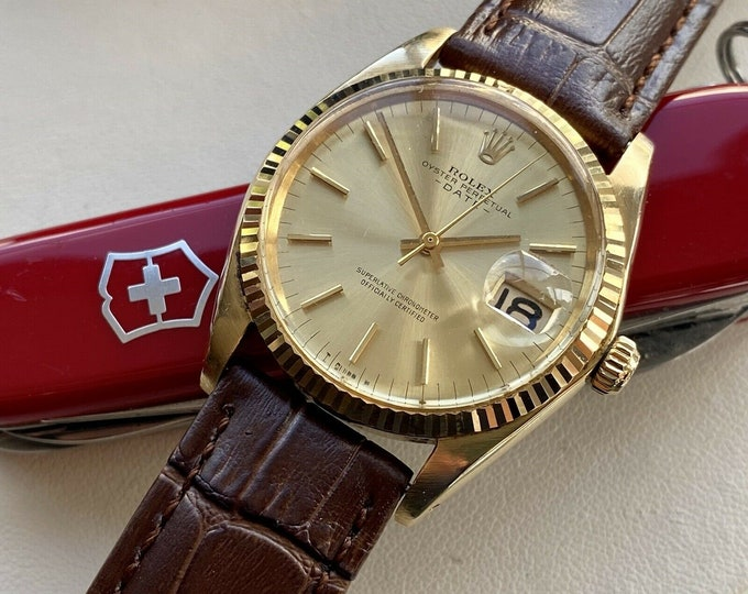 Rolex 1500 Oyster Perpetual Date 18K Solid Gold Automatic vintage Men 1970 serviced watch