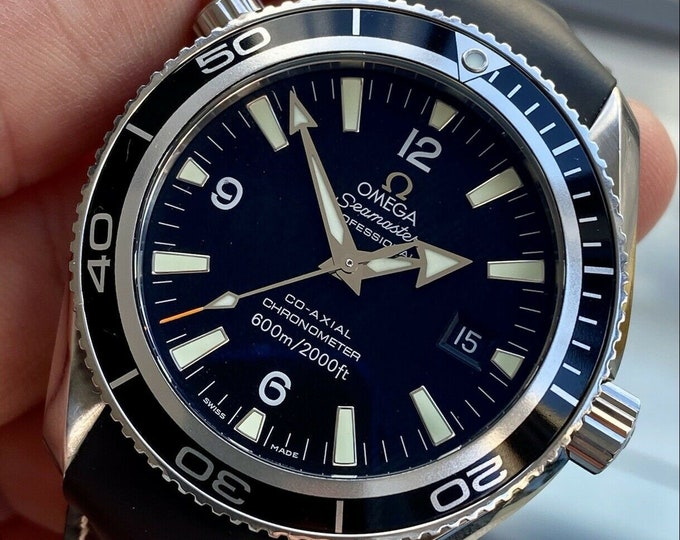 Omega Seamaster Planet Ocean 2901.50 Steel Men Automatic Casino Royale 42mm ox papers card full set watch + Box