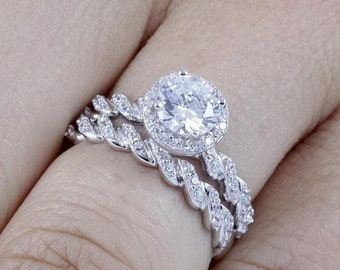 925 Sterling Silver Round Halo Diamond Simulant CZ Wedding Band Engagement Ring Set For Women's Size 2.5-15 Half Sizes Available Ss1559
