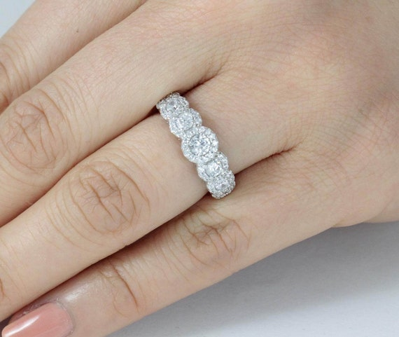 3.0 to 2.0mm Women/'s Seven Round Cz Stones .925 Sterling Silver Ring