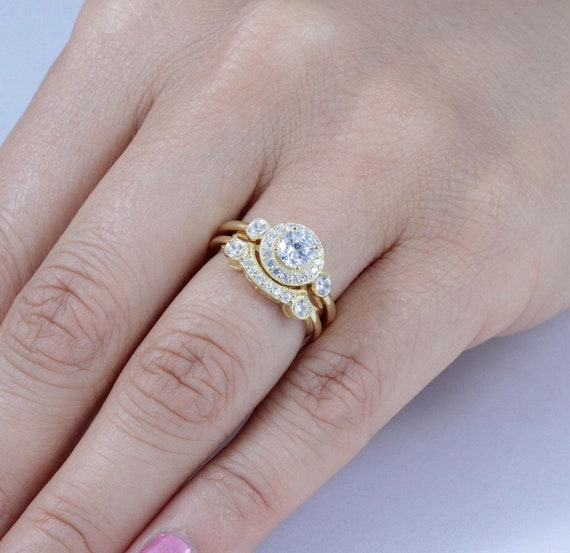 925 Sterling Silver Curved Wedding Band AAA Cubic Zirconia White Gold Finish