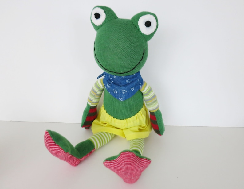 Fabio the Frog//Fabric animal frog//Socks animal image 0