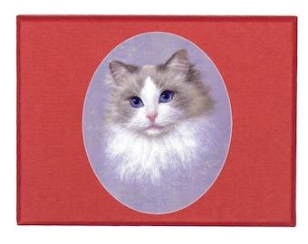"Box decorated with ""Ragdoll cat"", published work of painter MEZ deMEZERAC"