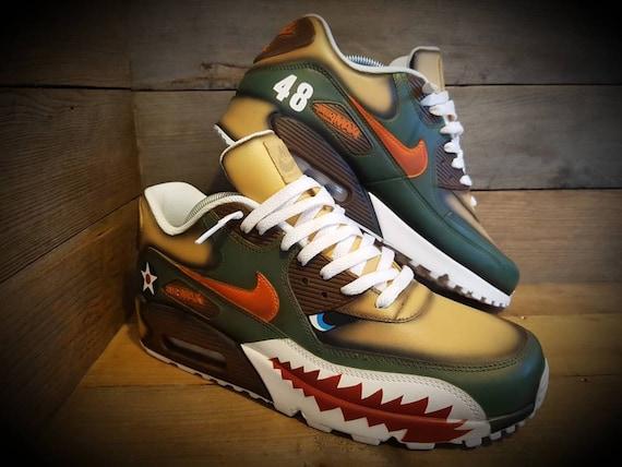 Nike Air Max 90/Custom Painted/Warhawk