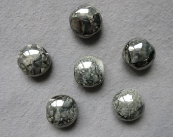 Grey ceramic bead