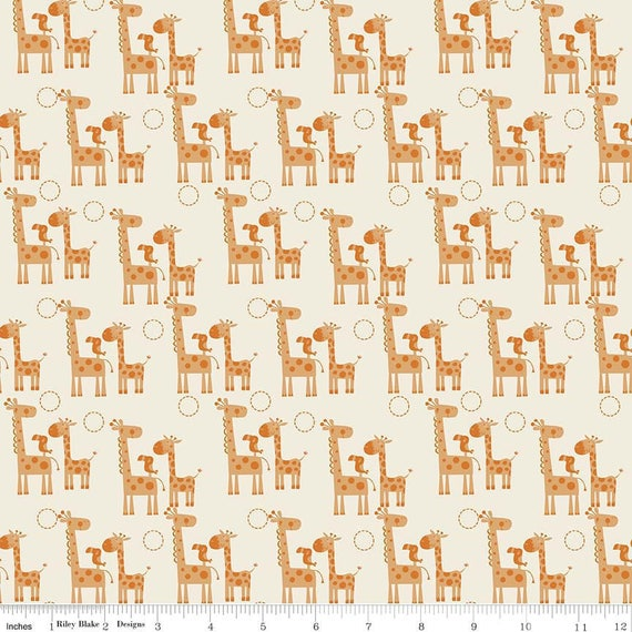 GIRAFFE CROSSING fabric cotton patchwork Mini giraffe Brown and ivory x50cm