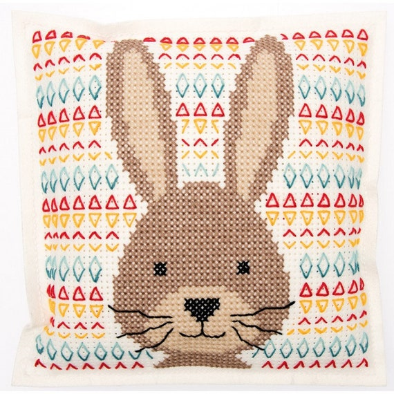 CUSHION KIT A BRODER felt Brown geometric rabbit head 42 x 42 cm