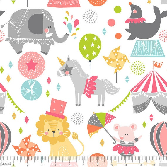 CALLIOPE cotton fabric pink patchwork Step Right Up Pink circus animals on white x 50 cm