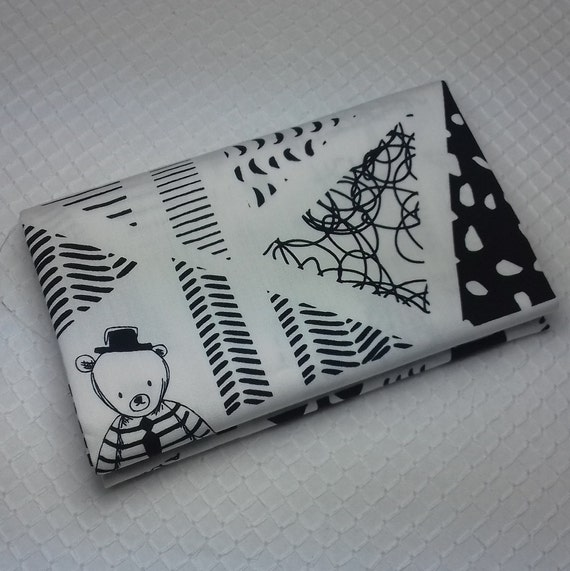 CAPSULES Coupon fabric is cotton patchwork bear graphic designs with black and white striped 50 x 55 cm