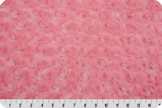 MINKY fabric coupon velvet faux fur synthetic paris 90x155cm pink candy pink rose buds