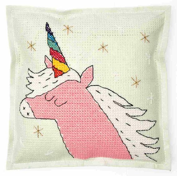 CUSHION KIT A BRODER felt 42 Rainbow Unicorn head x 42 cm