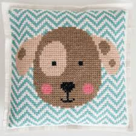 CUSHION KIT A BRODER felt geometric Brown dog head 42 x 42 cm