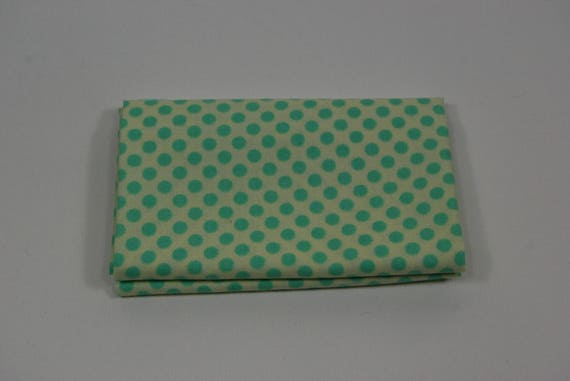 BREEZY BABY Coupon fabric cotton patchwork Breezy baby 50x55cm green dots