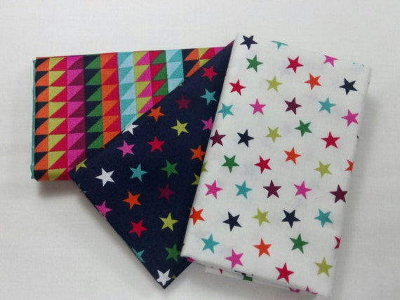 WRAP IT UP set of Coupons cotton fabric patchwork stars and triangles 50x55cm