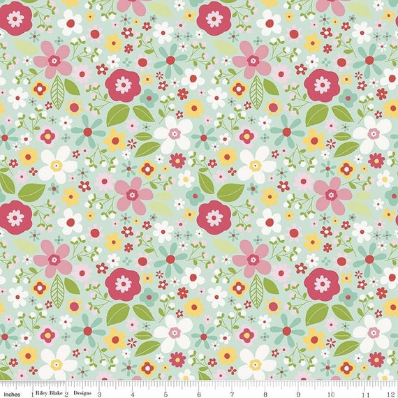 GARDEN GIRL fabric cotton patchwork flowers green water x50cm