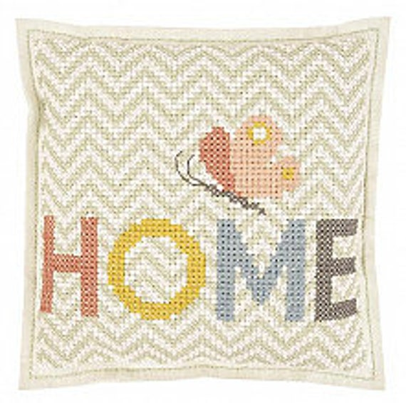 CUSHION KIT A BRODER felt Home and geometric Butterfly 42 x 42 cm