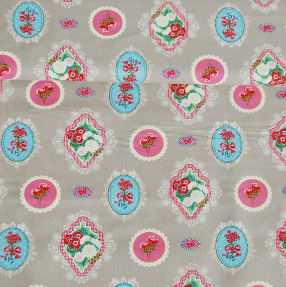 Cotton fabric coupon sewing beautiful flower badge pink gray pink and blue x50cm