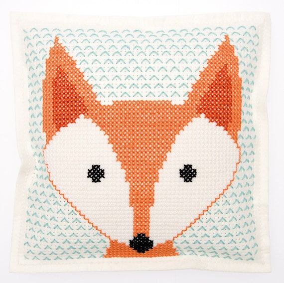 CUSHION KIT A BRODER felt geometric Fox head 42 x 42 cm