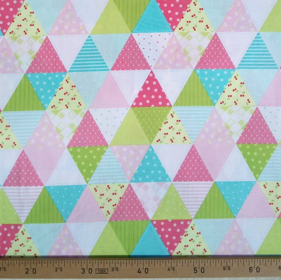 GLAMPER LICIOUS fabric cotton patchwork triangle patch pink and green x50cm