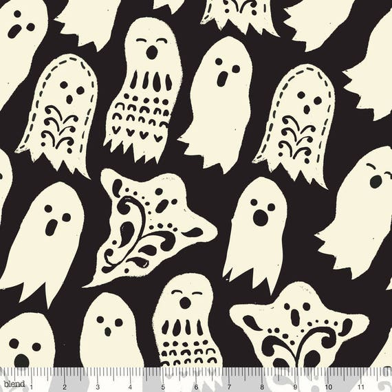 SPOOKTACILAR TOO fabric cotton patchwork deco ghosts ivory on black x50cm