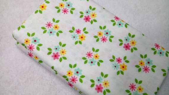 GARDEN GIRL Coupon fabric cotton patchwork 50x55cm white flowers