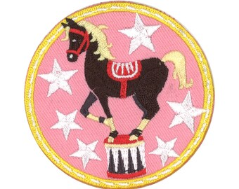 CIRCUS HORSE FUSIBLE APPLIQUE PINK 63X63MM