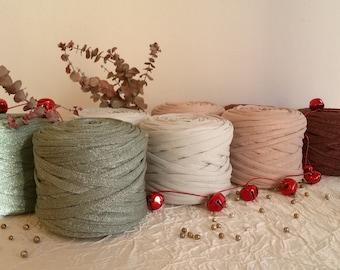 Trapilho, fancy trapilho coil in lurex/elasthanne, ultra-light trapilho in stretch fabric and lurex yarn, trapilho yarn, 80-120 m.