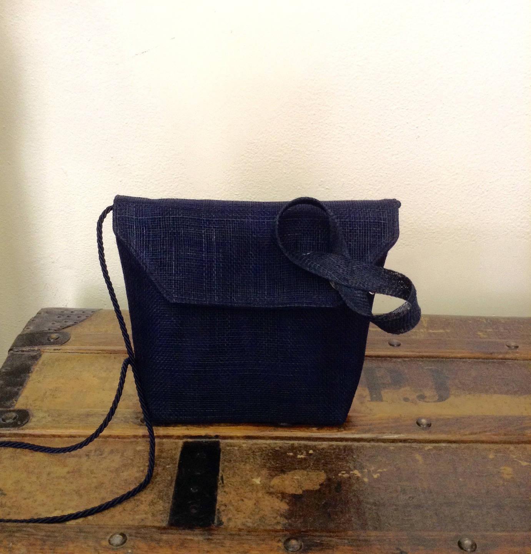 pochette mariage en sisal bleu marine et son bibi noeud etsy. Black Bedroom Furniture Sets. Home Design Ideas