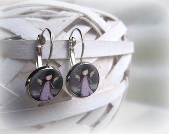 Earrings with clip closure