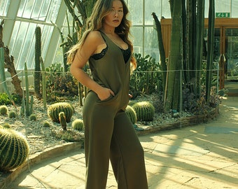 Comfy fashion V neck Jumpsuit