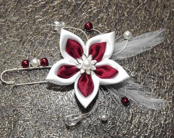 fastener behind Burgundy and white for bride
