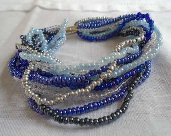 Bracelet in shades of blue seed beads