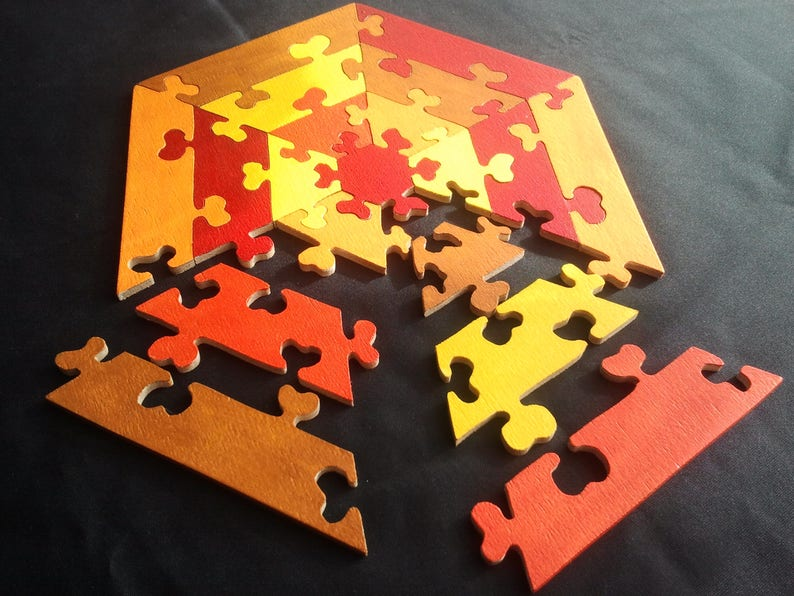 Puzzle Hexagon wood with fall colors