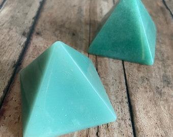 "Green Aventurine Pyramid 1.75"", Aventurine Stone, Crystal Grid, Reiki, Meditation, Altar, Terrarium"