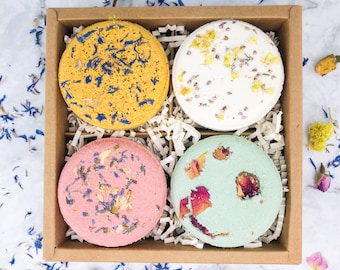 Variety Natural Bath Bombs Gift set, Gift under 35, Vegan Bath soak with petals, Flower Bath Fizzies, Gift for mom, sister, self care