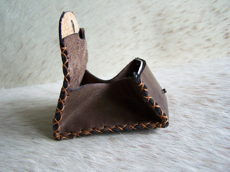 Handcrafted leather coin holder