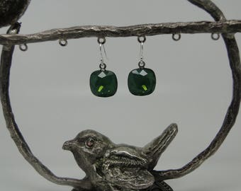 """Earrings in 925 sterling silver and Swarovski Crystal """"palace green opal"""""""