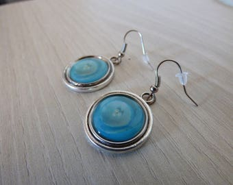 METAL AND CABOCHON TURQUOISE FLOWER HEART EARRINGS