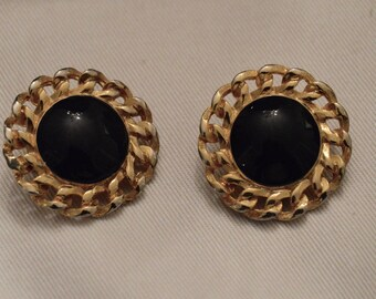 Vintage black and gold metal clip earrings