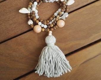 sea shell necklace, beach necklace, ocean necklace, shell pendant, beach jewelry, boho necklace, tassel necklace, beaded necklace, grey