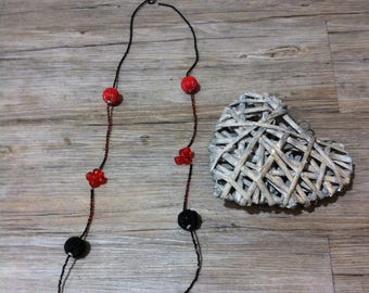 GRIM NECKLACE made entirely of pearls beads and Red