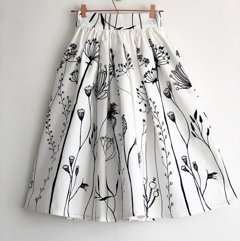 c9a1e5dab4 Black and white floral print skirt 100% cotton full gathered   Etsy