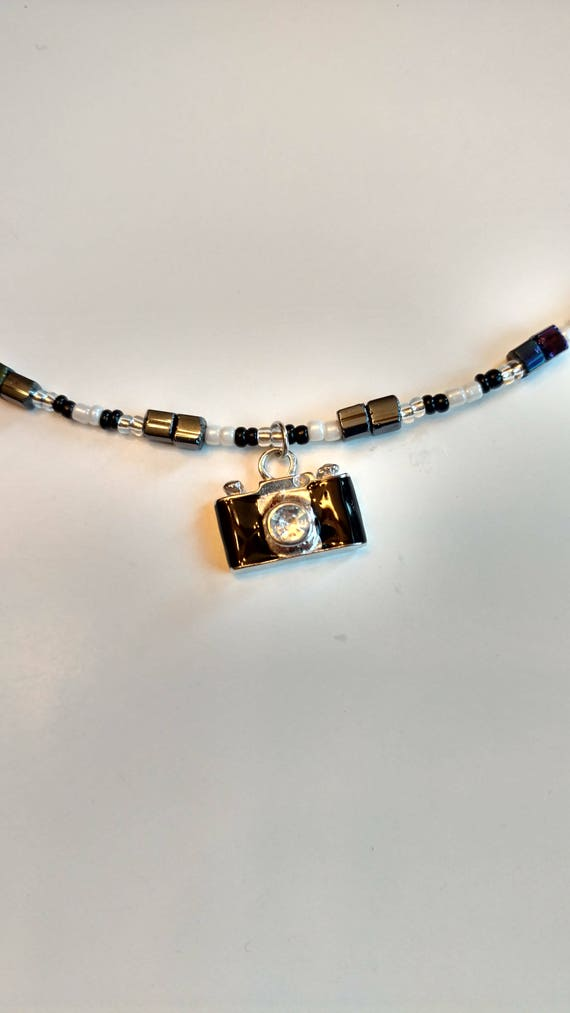 NEW BLACK CRYSTAL CAMERA PENDANT NECKLACE WHITE GOLD
