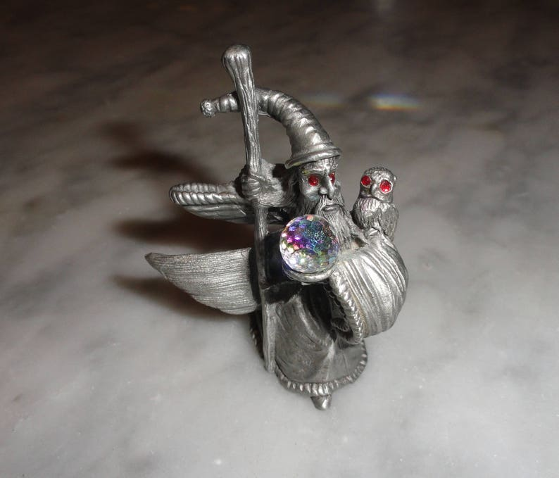 Vintage Pewter Wizard and Owl with Crystal Ball Figurine Spoontiques 1987  CMR950 Fantasy