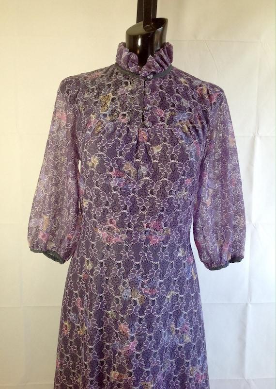1970s high collar Floral Print Formal Dress